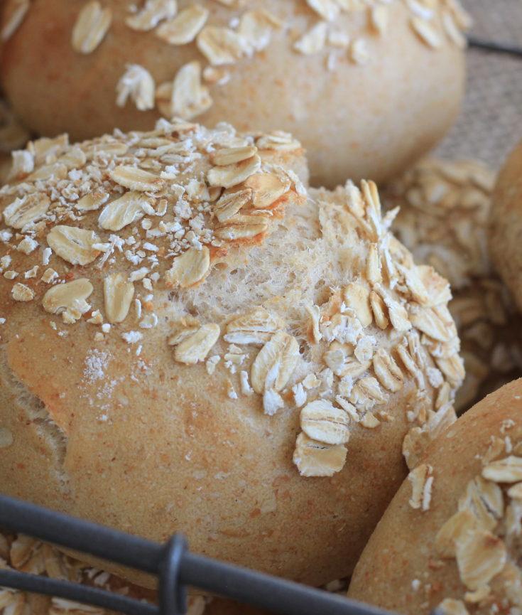 Oatmeal Rye Broetchen
